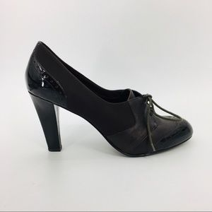 ELLEN TRACY BrownPatent ChunkyHeel Lace Up Shoes10